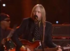 Petty Brings 'Everyman' Rock To Super Bowl