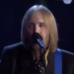 Tom Petty Performs Like Classic-Rock Jukebox