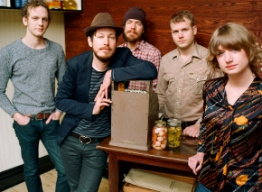 Concert Review: Vetiver Wins New Converts With Acoustic-Guitar Gems